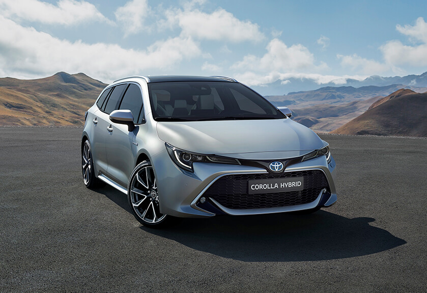 Corolla touring sports front